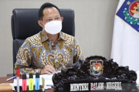 Mendagri Tito Karnavian imbau kepala daerah manfaatkan keuangan pemda untuk COVID-19
