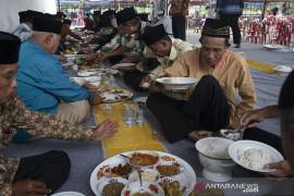 Tradisi Podoa di Kabupaten Sigi Page 2 Small