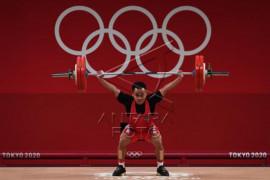 Lifter Indonesia Eko Yuli raih medali perak