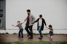 Tips tunjukan rasa bangga pada anak agar tumbuh optimal