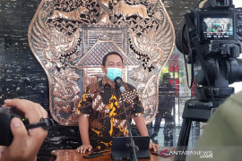 Belasan ruas jalan di Semarang kembali dibuka saat perpanjangan PPKM