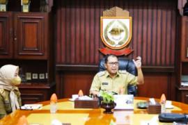 Pemkot Makassar salurkan 100 ribu paket sembako saat perpanjangan PPKM