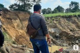 Dua pendulang intan tewas tertimbun di Banjarbaru