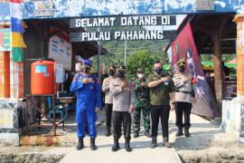 Polda Lampung gelar vaksinasi di Pulau Pahawang
