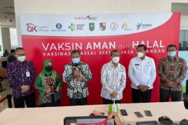 OJK Riau gesa vaksinasi 39 ribu pekerja di sektor jasa keuangan