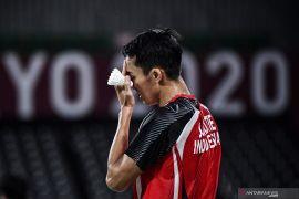 Olimpiade Tokyo - Jonatan dikandaskan Shi Yu Qi di 16 besar tunggal putra