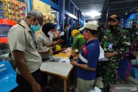 Petugas Pelabuhan Baubau memastikan 31 penumpang gunakan dukomen palsu