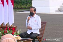 Presiden Joko Widodo: Lompatan kasus COVID-19 bisa direm karena PPKM
