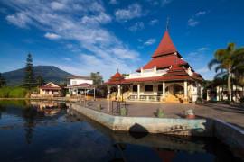 Pesona Masjid Jamik Taluak Banuhampu sebagai destinasi wisata religi