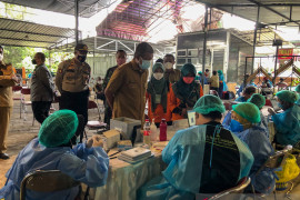 Persediaan menipis, Yogyakarta fokus menuntaskan vaksinasi dosis dua