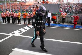 Formula 1 - Lewis Hamilton curiga terkena efek berkepanjangan COVID-19