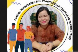 WCC Palembang ingatkan kaum perempuan selektif berteman di medsos
