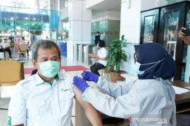 Kawasan Pelabuhan Makassar jadi area wajib vaksinasi COVID-19