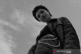 """Tat Mannerz kisahkan perjalanan hidup di EP perdana \""""Fall Risk\"""""""