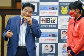 Kelakuan Wali Kota Nagoya gigit medali Olimpiade membuat Toyota Motor Corps marah