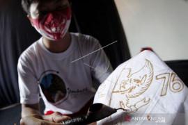 Masker Batik HUT ke-76 RI Page 1 Small
