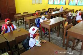 Belajar Tatap Muka di Dumai Saat Pandemi Page 1 Small