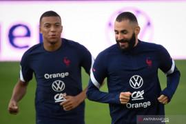 Karim Benzema: cepat atau lambat Kylian Mbappe akan jadi pemain Madrid