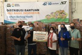 Unifam gandeng ACT serahkan 10.000 paket makanan anak
