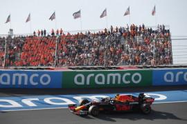 Verstappen 0,5 detik lebih cepat dari duet Mercedes di FP3 GP Belanda