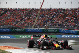 Verstappen kalahkan Hamilton demi klaim pole position GP Belanda