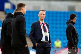 Louis van Gaal pastikan Belanda siap hadapi tantangan Montenegro