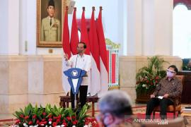 Presiden Jokowi minta perbankan terus tingkatkan penyaluran kredit