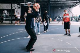Dewa United ajak staf IBL dan media 'main basket bareng' isi Haornas