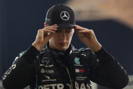 Russell akan setara dengan Hamilton awali musim 2022 di Mercedes