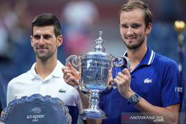 Medvedev juara US Open, kandaskan mimpi rekor Grand Slam Djokovic
