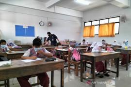 """Rencana 1.500 sekolah di DKI gelar PTM terbatas masih """"on the track"""""""