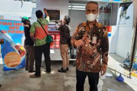 Jakarta Utara fasilitasi penukaran sampah dengan oli di Cilincing