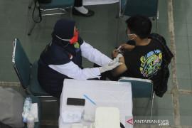 Vaksinasi mahasiswa UIN Raden Fatah Palembang Page 3 Small