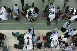 Vaksinasi mahasiswa UIN Raden Fatah Palembang Page 5 Small