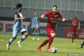Penalti Marko Simic mengamankan tiga poin untuk Persija melawan Persiraja