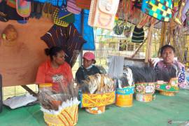 Pedagang suvenir khas Merauke raup untung berkat PON Papua