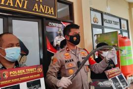 Polisi selidiki praktik jual beli senjata tajam untuk tawuran