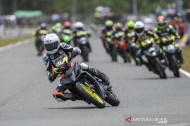 Papua boyong emas ketiga roadrace PON lewat kemenangan Ahwin Sanjaya