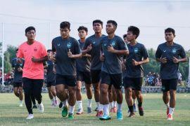 Ian Andrew Gillian begins to lead PSIS Semarang training