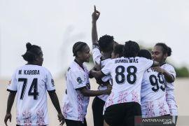Gol indah Liza Armanita antar Papua juarai sepak bola putri PON Papua