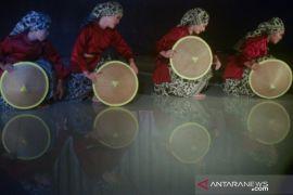 Festival Tari Remaja Di Padang Page 2 Small