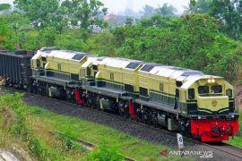 KAI hadirkan lokomotif livery vintage di KA Babaranjang