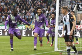 Tottenham mempermalukan Newcastle United 3-2