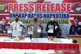 Soekarno Hatta Airport police seize 3.2 kg of crystal meth
