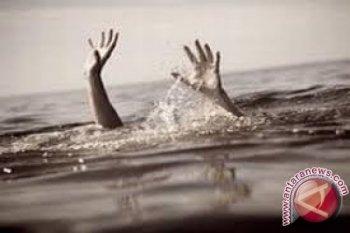 Pria nelayan Sungai Batanghari meninggal dunia dengan jasad mengapung  dekat perahu