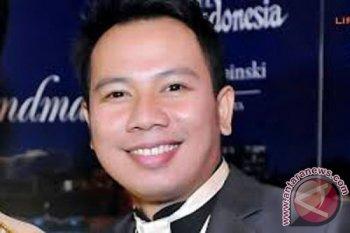 Dilaporkan cermarkan nama baik Angle Lelga,  Artis Vicky Prasetyo ditahan Kejari Jakarta Selatan
