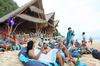Regulation facilitating foreign tourists to work from Bali: Minister