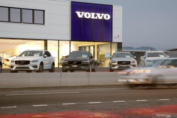 Penjualan Volvo anjlok dampak COVID-19