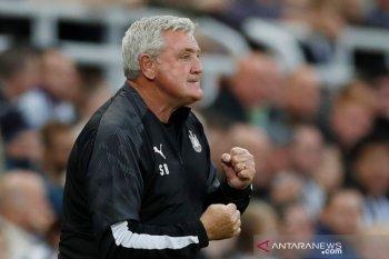 Manajer Newcastle desak klub kaya Inggris bantu tim divisi bawah terancam bangkrut