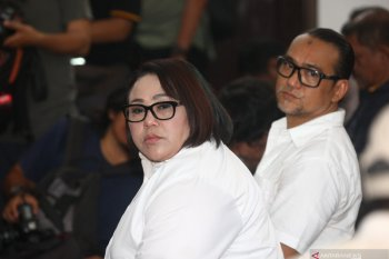 "Komedian Nunung ""Srimulat"" terkonfirmasi positif COVID-19"